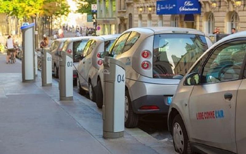 تعداد مشتریان خودروهای برقی به ۳ میلیون نفر رسید