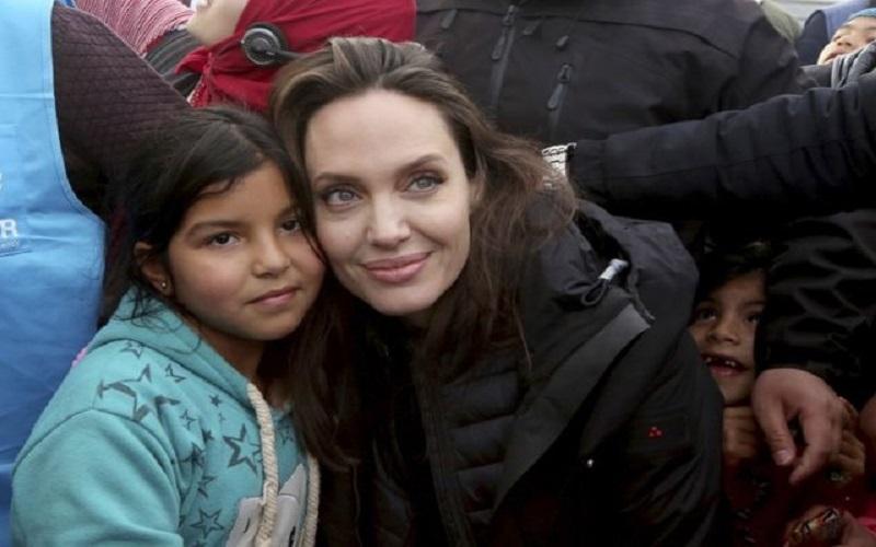 درخواست آنجلینا جولی برای حل جنگ سوریه