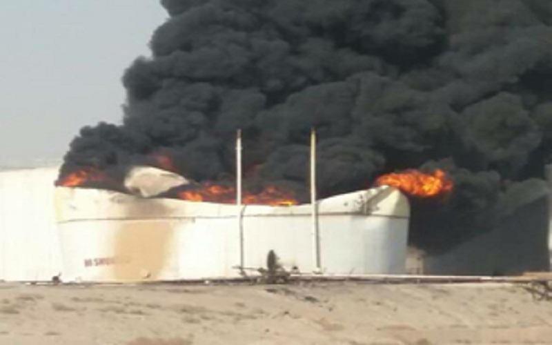 آتشسوزی مخزن مواد نفتی در بندرعباس