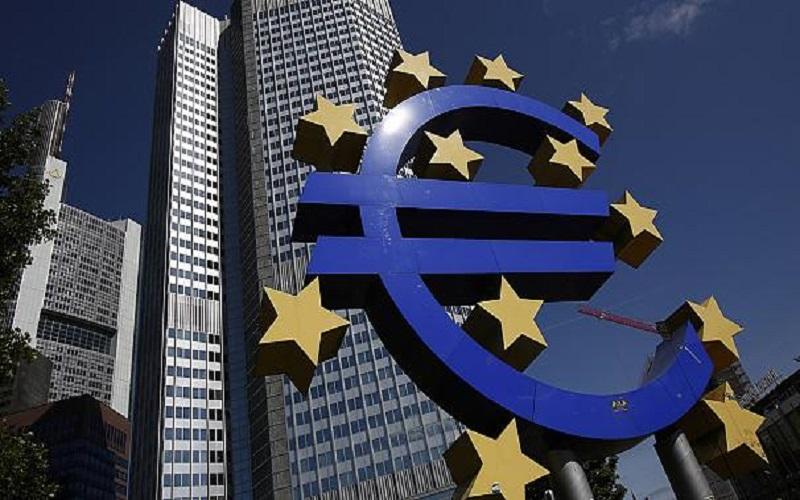 هشدار بانک مرکزی اروپا نسبت به افزایش ریسک علیه رشد اقتصادی جهان