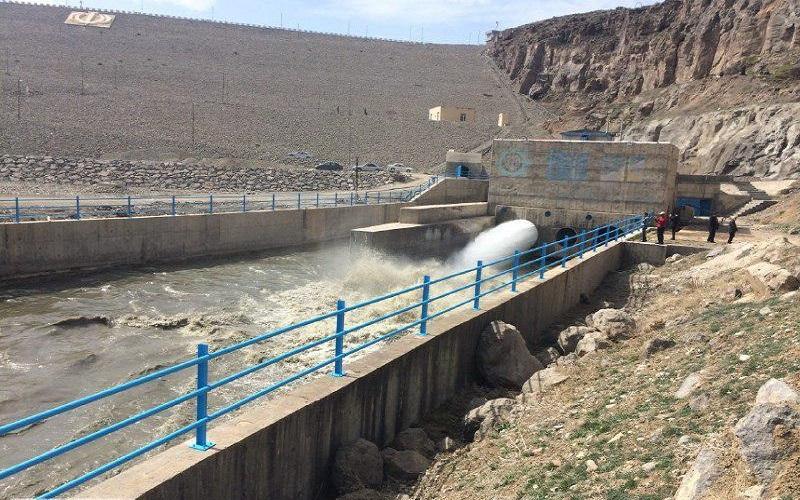 کاهش آب ذخیرهشده در مخازن سدهای سلماس