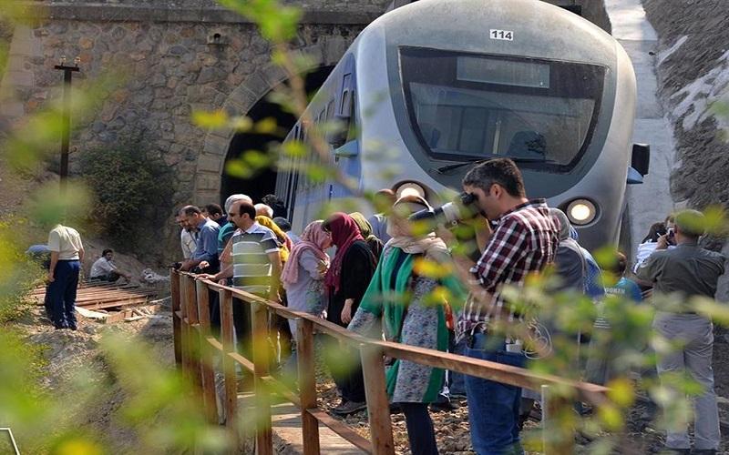 راهاندازی ۳ رام قطار گردشگری از دهه فجر امسال