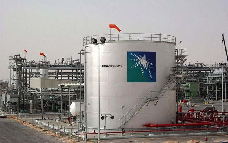 عرضه سهام غول نفتی عربستان به تاخیر افتاد