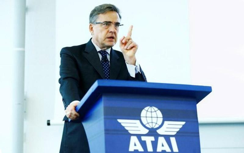افزایش قیمت نفت بلیت هواپیما را گران میکند