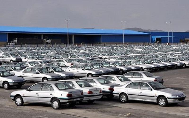 افزایش خودروها در پارکینگ خودروسازان