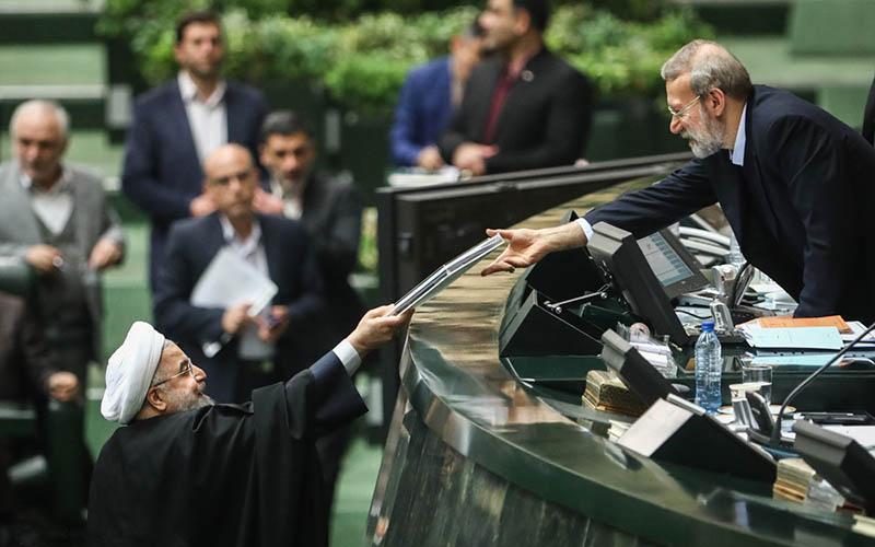 تصمیم درباره زمینهای تغییر کاربری شده دولتی به مجمع تشخیص واگذار شد
