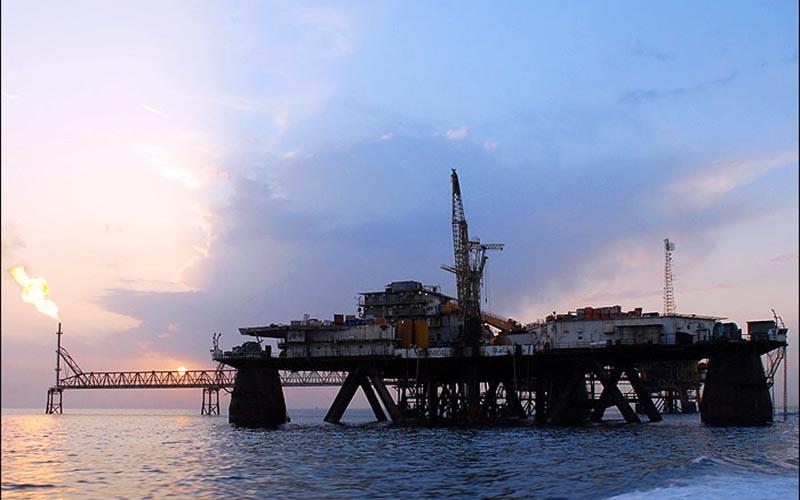 پیشبینی امضای ۲ قرارداد توسعه میدانهای نفتی