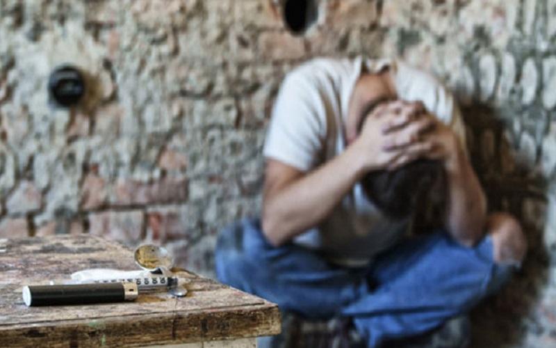 آسیبهای جبرانناپذیر معتادین و قماربازها در جامعه