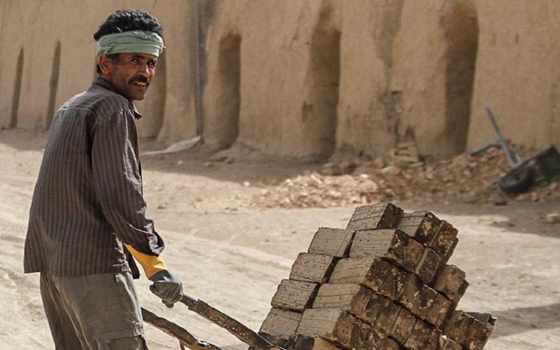 بیش از ۷۰ درصد کارگران حداقلبگیرند