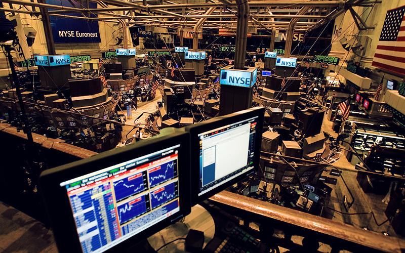 افت سهام آمریکا در پایان معاملات هفتگی
