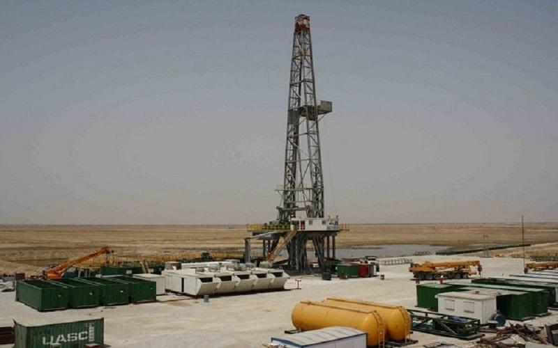 حفاری ۲۳۳ هزار و ۳۳۰ متر چاه نفت و گاز در خشکی و دریا