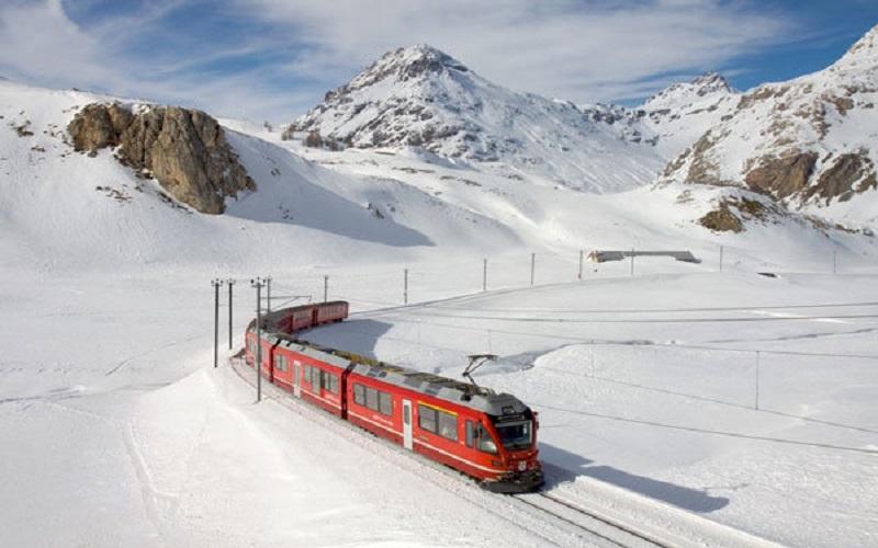 احتمال تاخیر مجدد حرکت قطارها در برف امروز