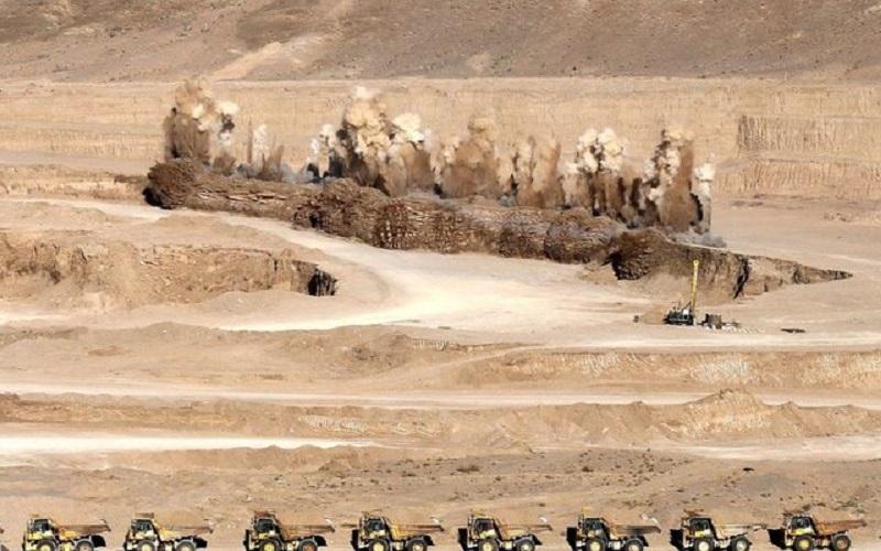 صنایع معدنی در مناطق خشک کشور توسعه مییابد