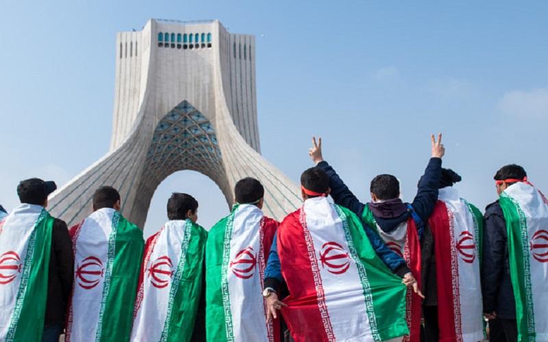مراسم سیونهمین فجر انقلاب اسلامی در سراسر کشور آغاز شد