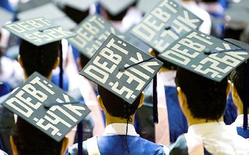 معضل جدید اقتصاد امریکا وامهای دانشجویی است