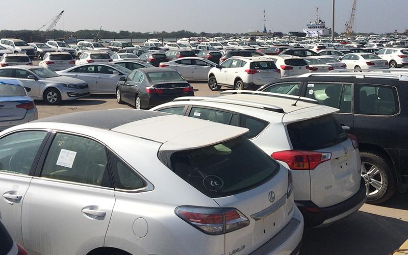 کجسلیقگی وزارت صنعت در انتشار فهرست واردکنندگان غیرقانونی خودرو