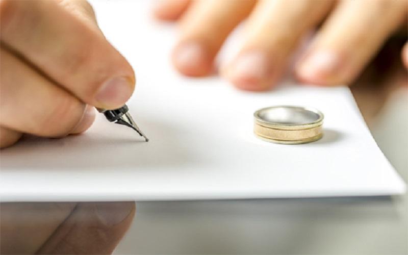 میزان طلاق در کشور رو به افزایش است