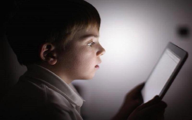 آثار مخرب پیشرفت تکنولوژی بر کودکان