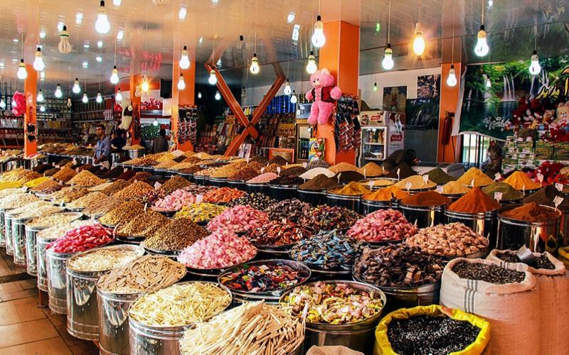 کاهش ۱۰ درصدی قیمت آجیل در بازار شب عید