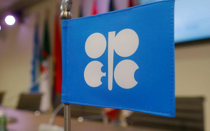 اوپک و متحدانش با کاهش بیشتر تولید نفت موافقت کردند