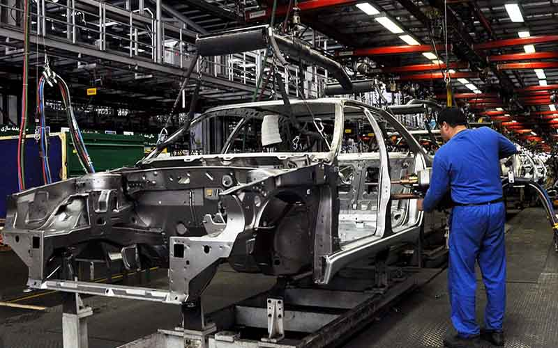 ضرورت پرداخت مطالبات قطعهسازها با افزایش سقف تسهیلات خودروسازها
