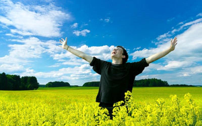 افزایش شادی باید اولویت نهادهای اجتماعی و فرهنگی باشد