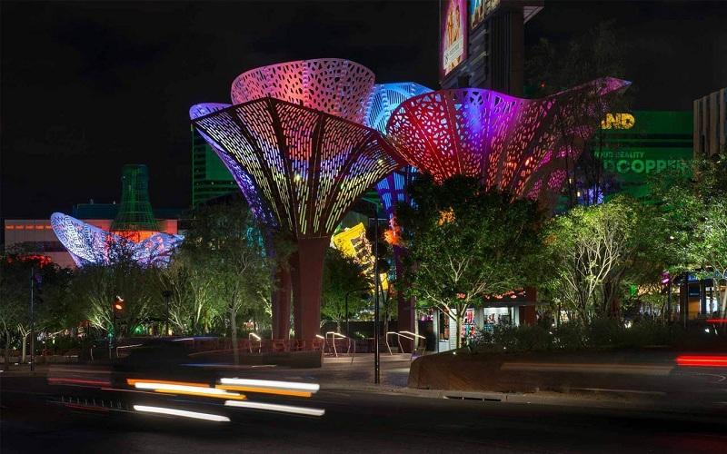 نورپردازی ۱۰۷ هزار متری در مسیرهای اصلی شهر تهران