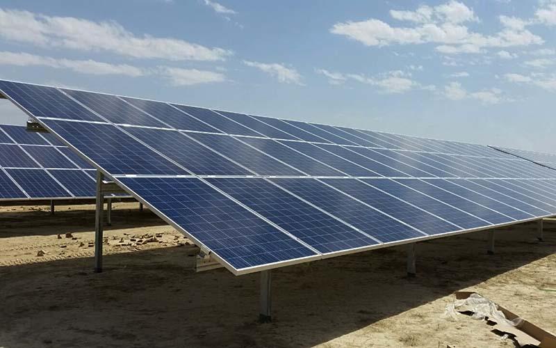 بهرهبرداری از نخستین نیروگاه خورشیدی ۱۰۰ مگاواتی در پسابرجام