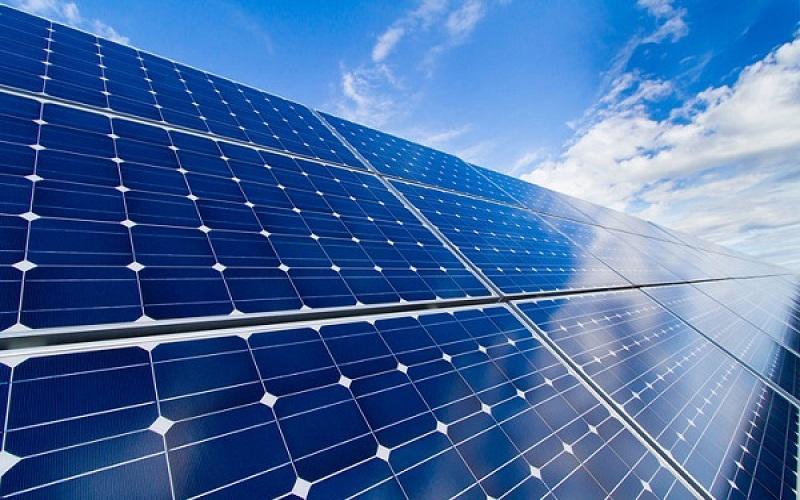 ساخت بزرگترین آب شیرینکن خورشیدی در عربستان
