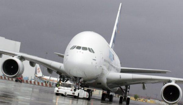 امکان خریداری هواپیمای نو وجود ندارد / به دنبال خرید هواپیمای دست دوم هستیم