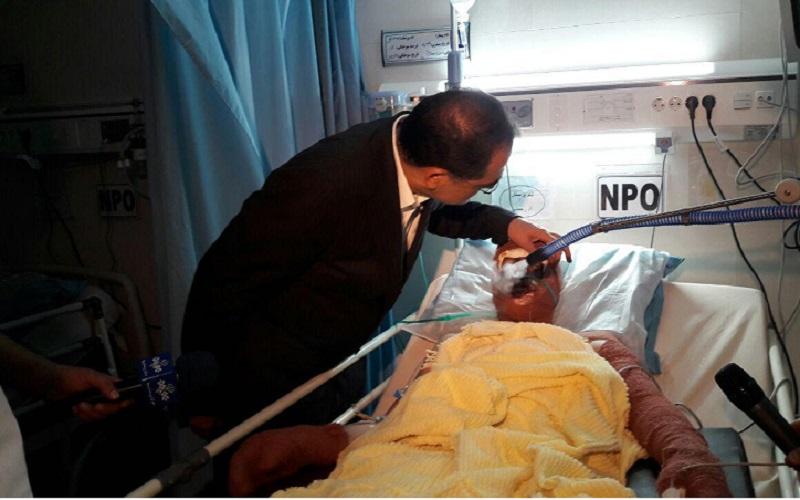 بازدید شبانه وزیر بهداشت از سه بیمارستان تهران