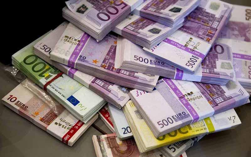 قیمت یورو در بازار امروز   تجارت نیوز