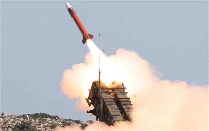 حمله موشکی ارتش یمن به مواضع نظامیان سعودی