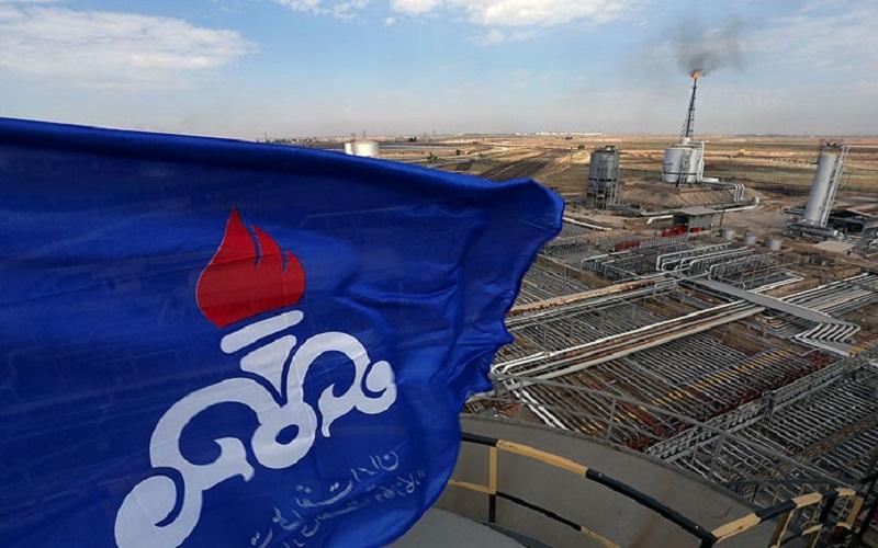 امضای قراردادهای پژوهشی شرکت ملی نفت با ۵ دانشگاه ایرانی