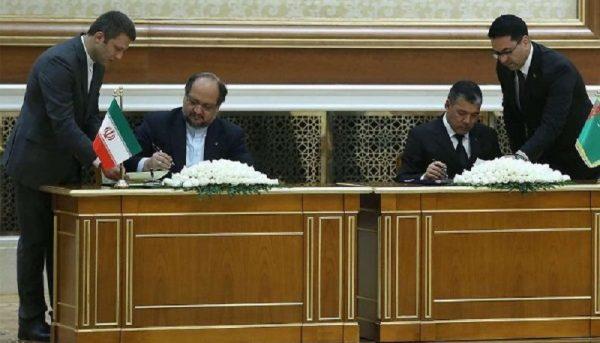 امضای ۴ سند همکاری صنعتی و تجاری بین ایران و ترکمنستان