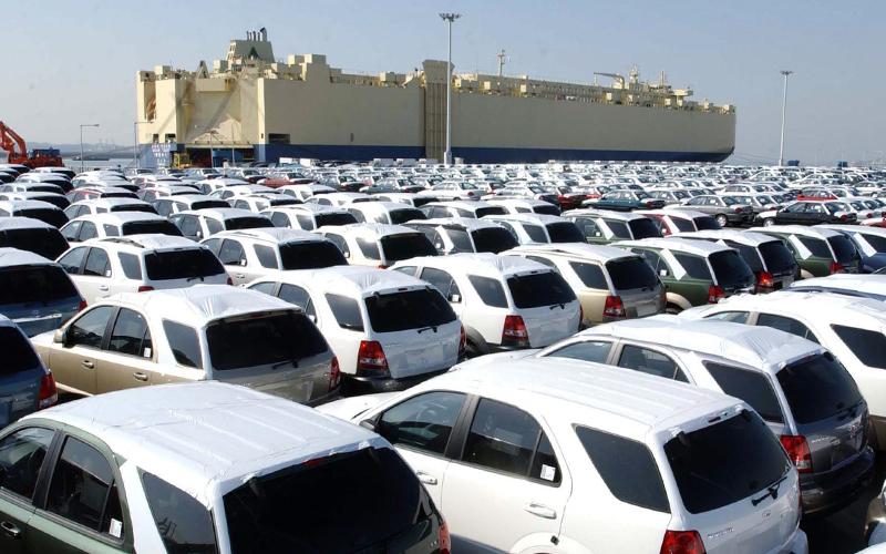 تعیین مهلت برای ترخیص خودروهای در گمرک مانده