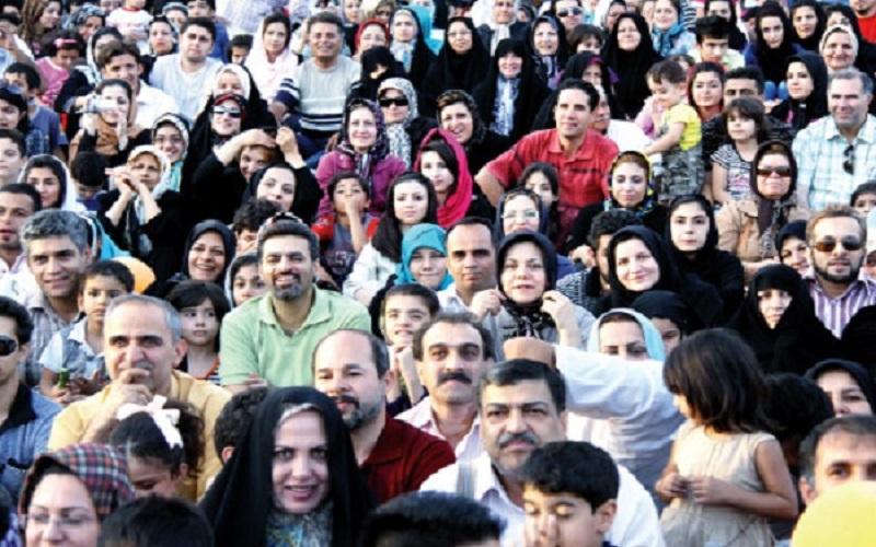 میانگین سن مادران ایرانی ۴۳ سال است