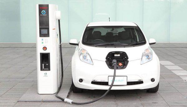خودروهای الکتریکی ارزان میشوند