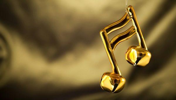 آثار چکناواریان به موزه موسیقی اهدا شد
