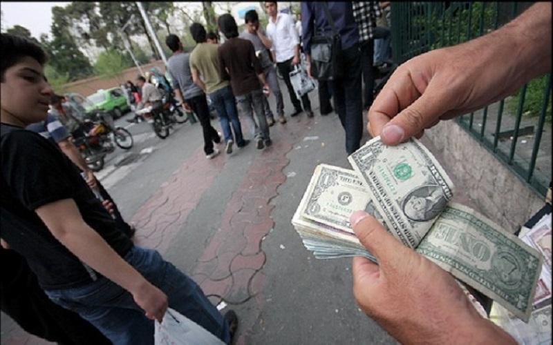 جلوگیری از فعالیت دلالان در بازار ارز
