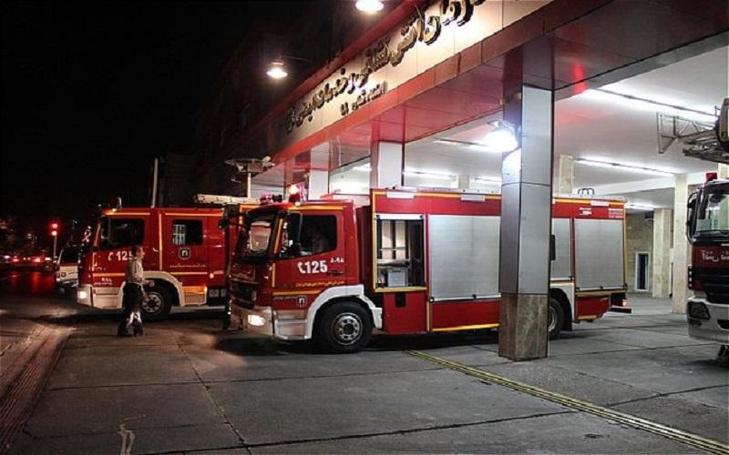 استقرار آتشنشانان تهران در نقاط مختلف شهر