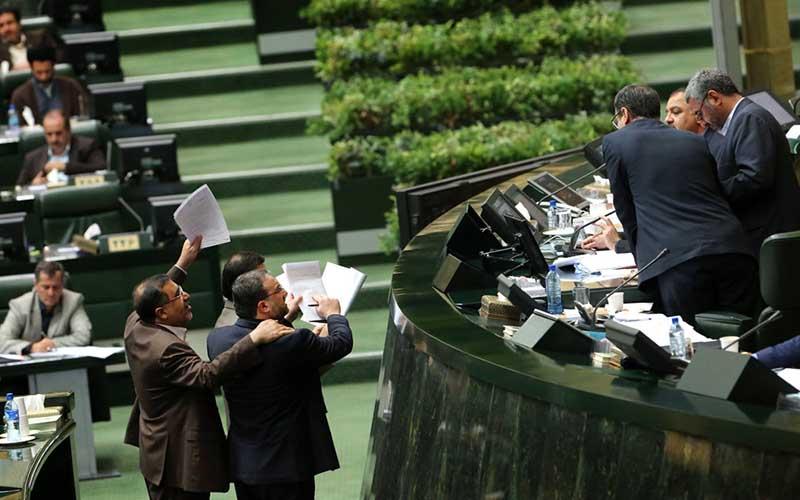 اعلام زمان بررسی لایحه بودجه ۹۸ در مجلس