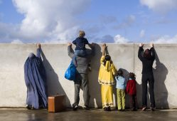 تقابل مهاجرپذیری و مهاجرستیزی در اروپا