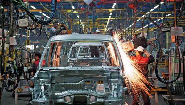 افزایش تولید خودروی سواری در ۱۱ ماه سال ۹۶
