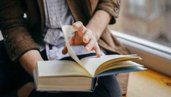۳۰ ویژگی کسانی که کتاب نمیخوانند
