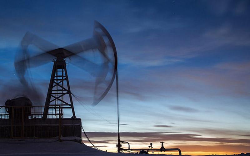 قیمت نفت به 61 دلار کاهش یافت