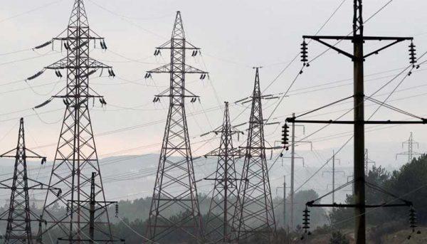 پیک مصرف برق همچنان فراتر از ۵۶ هزار مگاوات