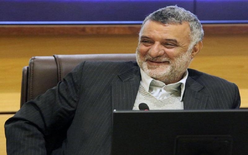 وزیر جهاد خواستار افزایش حقوق کارکنانش شد