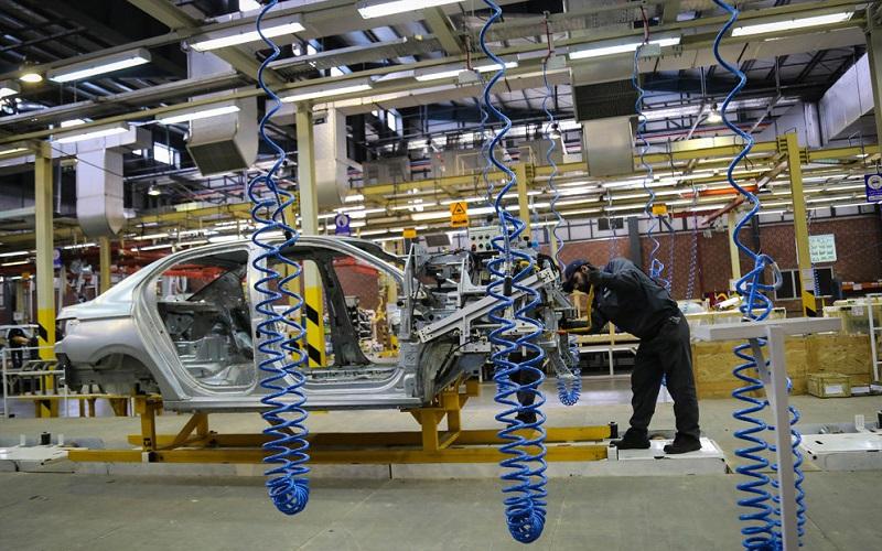 شرکتهای خودروسازی عامل التهاب بازار خودرو