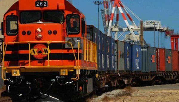 ۸۰ درصد گندم وارداتی به سیستان و بلوچستان ریلی انجام میشود
